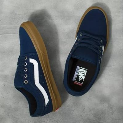 Zapatillas Vans Mn Chukka Low Sidestripe Azul Navy suela...